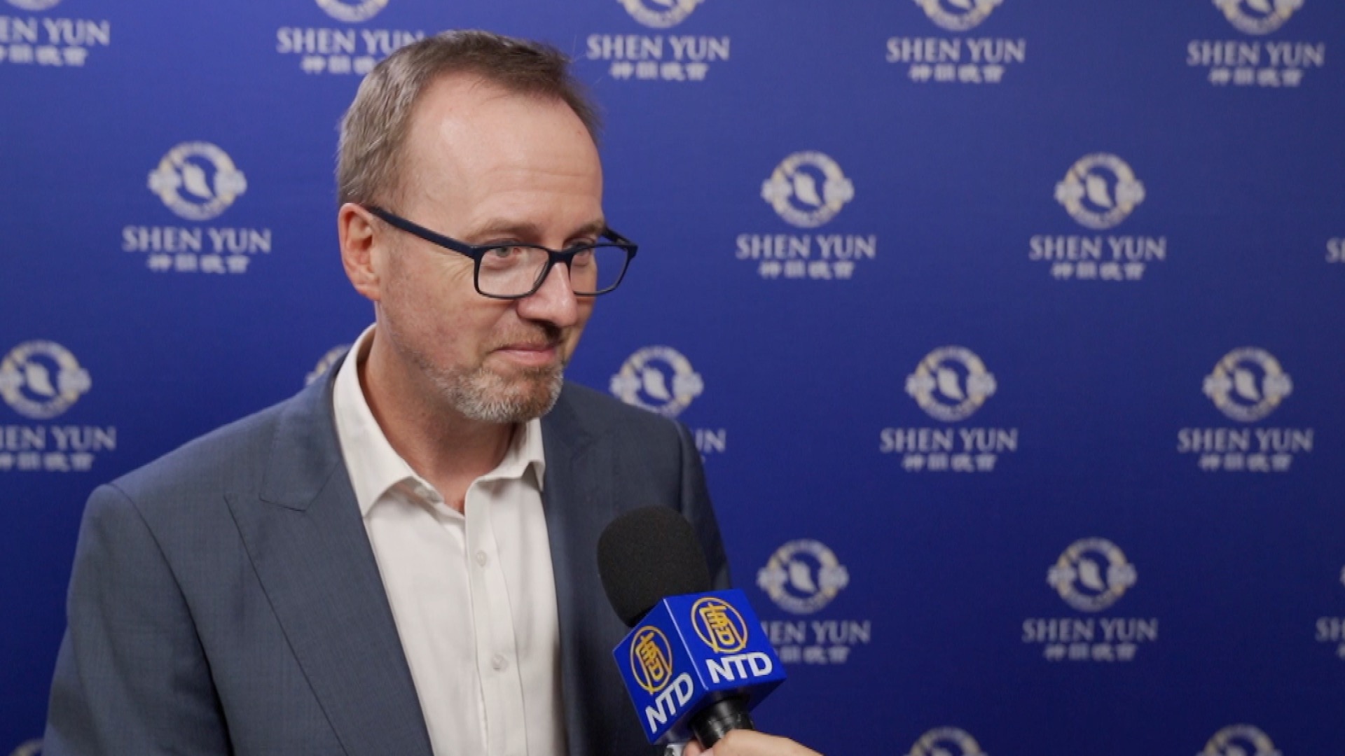 Australian State MP: Shen Yun a 'Magical Display of Art'