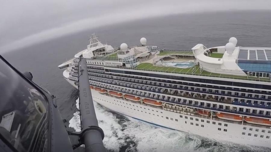 USA tests stranded cruise ship passengers for coronavirus