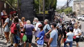 Tourists Stranded by CCP Virus Seek Visa Extensions