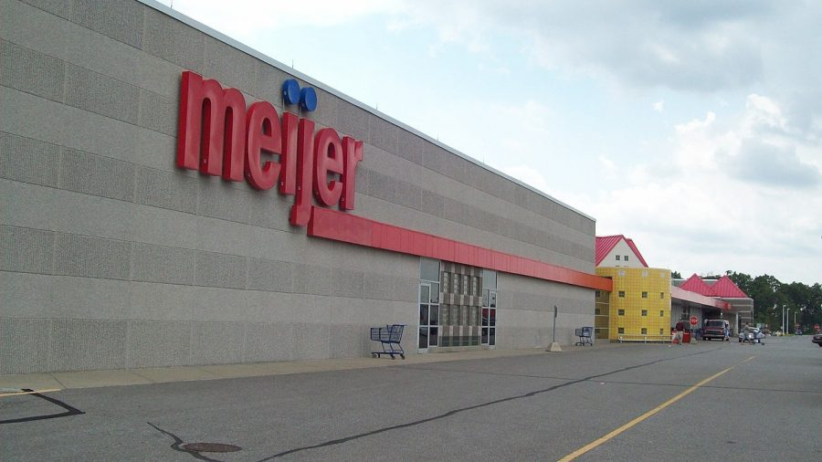 Grocery Chain Dedicates Shopping Hours for Vulnerable Customers, Essential Service Workers