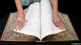 The Art of Disappearing Fore-edge Paintings
