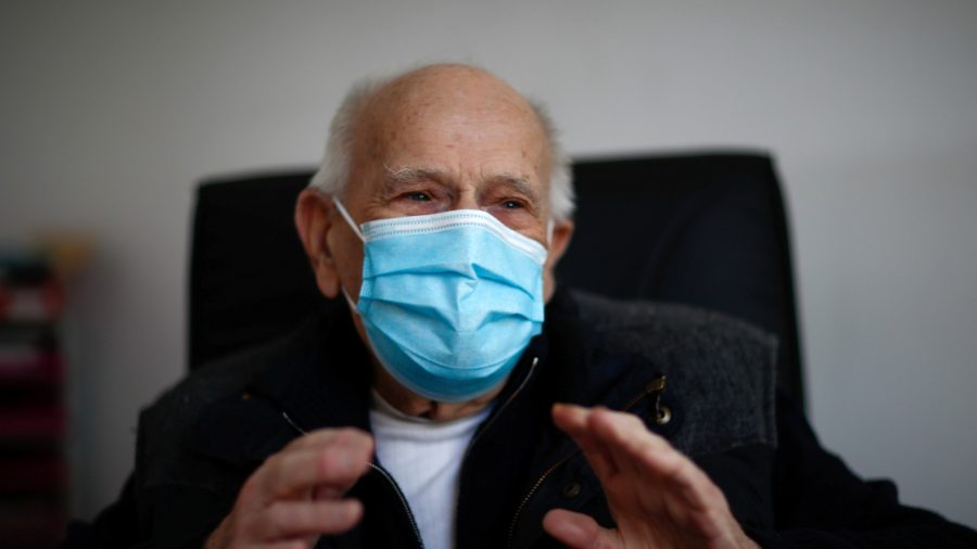 French Doctor, 98, Keeps Working Through the CCP Virus Crisis