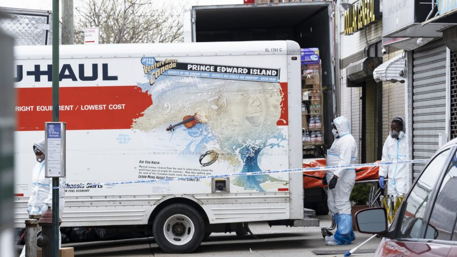 Bodies found in unrefrigerated trucks in NY during Covid-19 pandemic