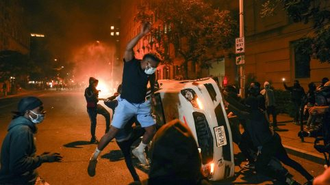 Unrest Spreads as George Floyd Grief Morphs Into Looting and Violence