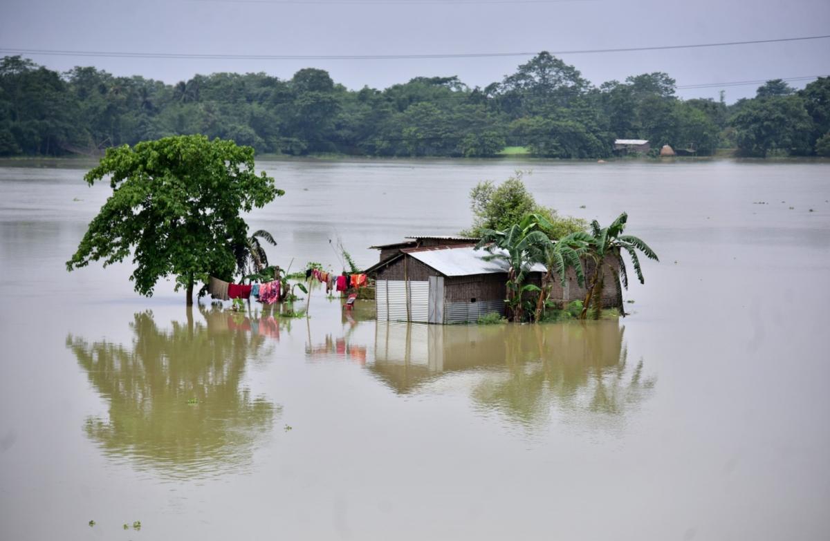INDIA-FLOODS (1)