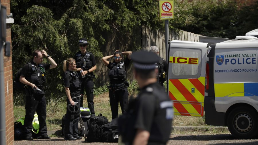 UK Police Charge Suspect With Murder of 3 in Reading Park
