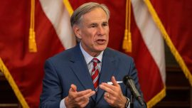 Texas Governor Warns of Another Lockdown If Face Masks Aren't Worn