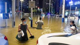 Fake Flood Victim Meets Xi; No More Paper Money in China?; 3000 Partied in Epicenter Wuhan
