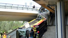 Bus Plunges Off Motorway Bridge in Polish Capital Warsaw, One Dead