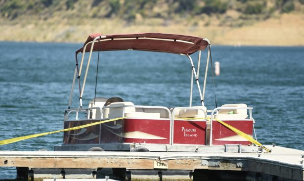 boat-rented-Naya Rivera