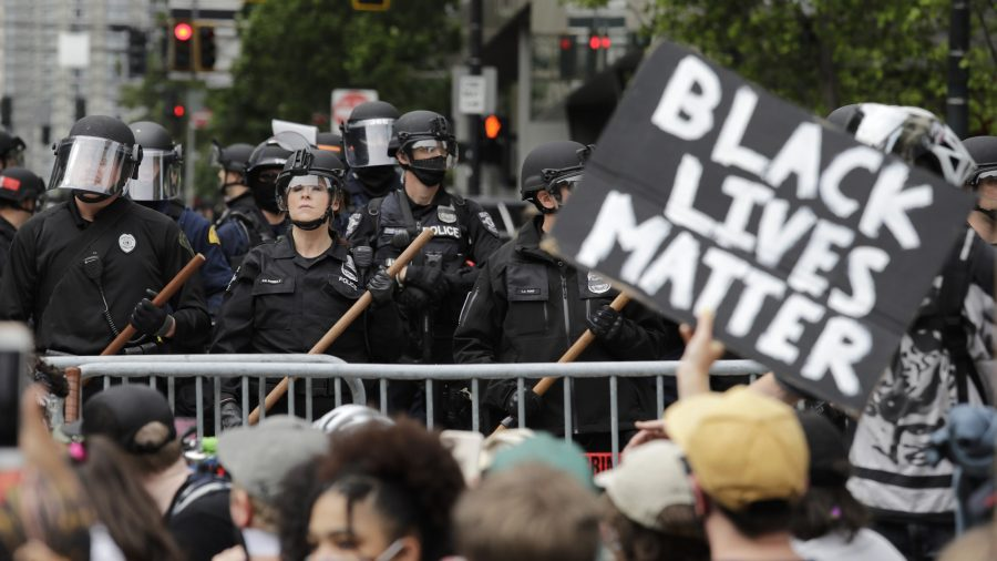 Defunding the Police 'Reckless,' Would Lead to Job Losses: Seattle Police Chief