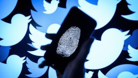 How Social Media Affects Your Finances