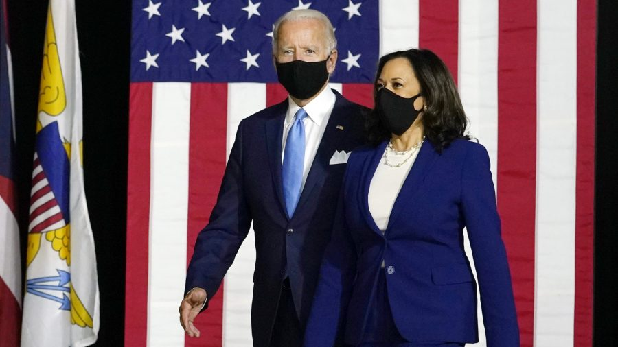 Biden, Harris Test Negative for COVID-19 on Friday