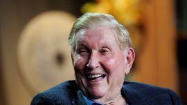Sumner Redstone, Billionaire Media Mogul, Dead at 97