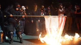 Rioters in Portland Return to Federal Courthouse to Set Fires, Launch Fireworks
