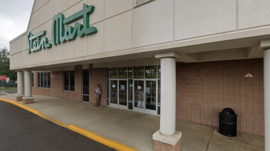 Stein Mart Files for Bankruptcy, Plans to Close Most Stores