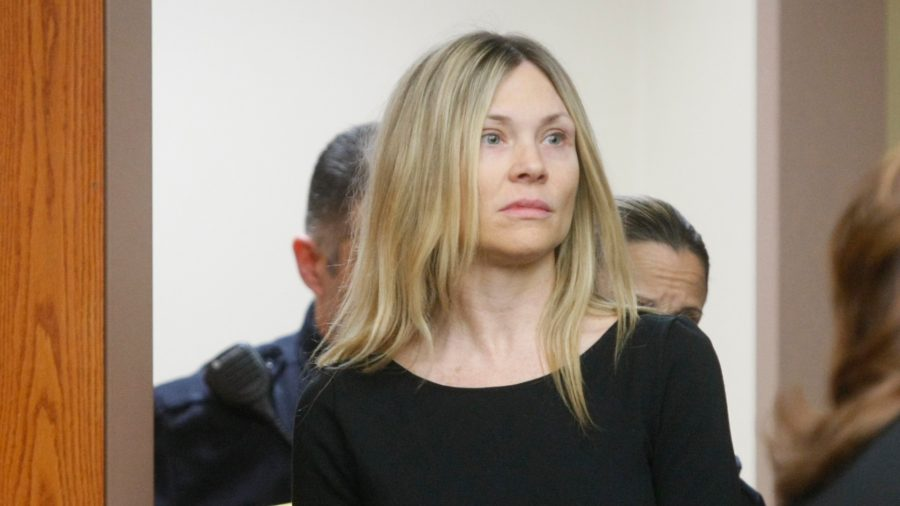 'Melrose Place' Actress Headed Back to Prison for 2010 Crash