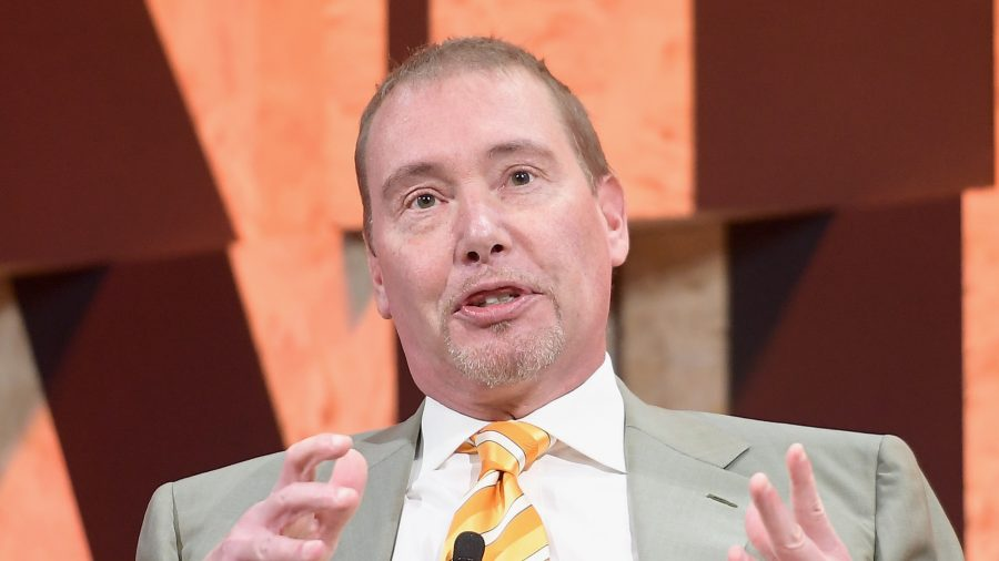 Billionaire Jeffrey Gundlach Suggests He's Contemplating Leaving California Over Taxes