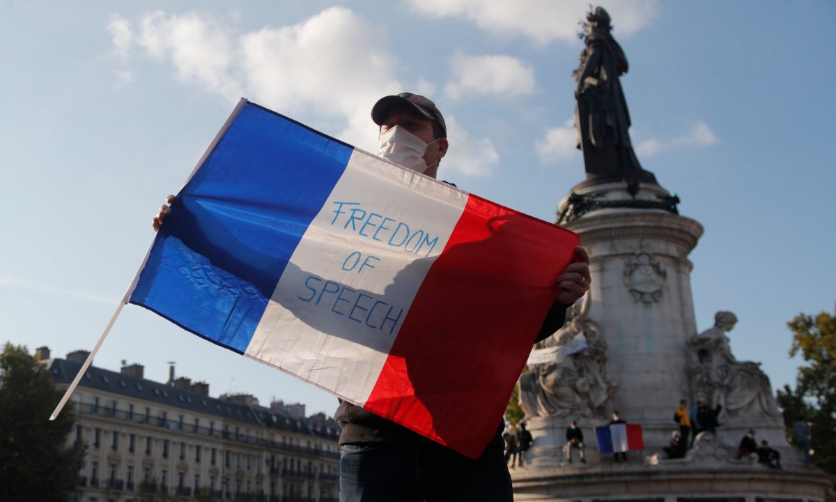"""French flag with the slogan """"Freedom of Speech"""""""
