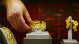 Insider Exposes China's Fake Gold Scandal