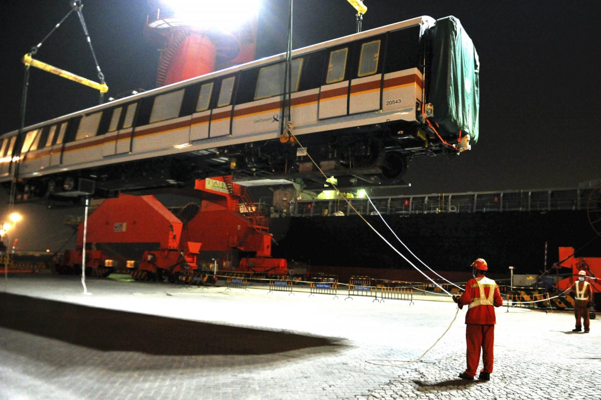 workers exported subway train cartridge
