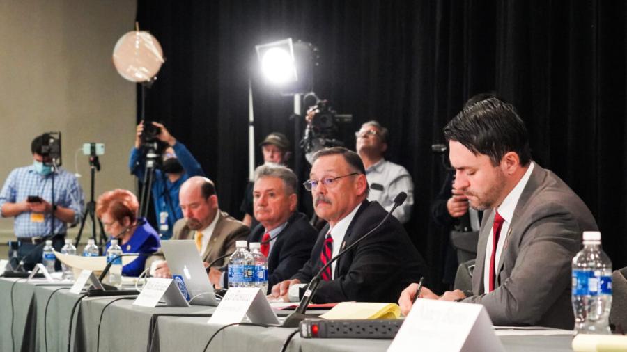 Arizona Legislature Calls for Immediate 'Forensic Audit' of Dominion Voting Machines