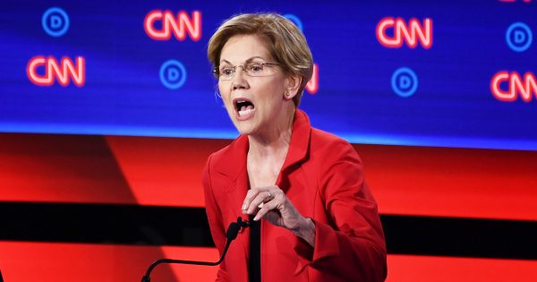 Elizabeth Warren delivers her closing statement
