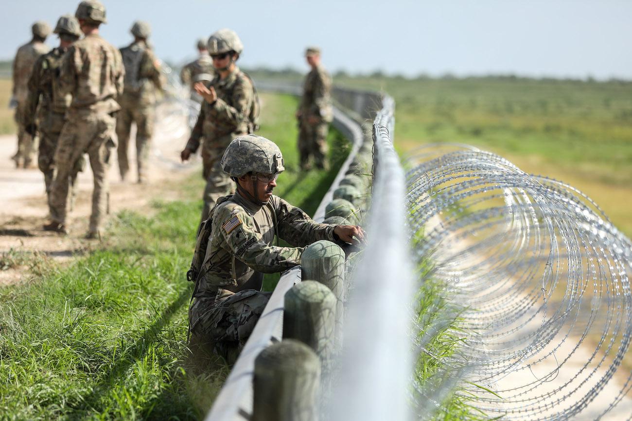 US_Mexico_Border_in_Texas_36