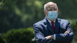 Trump, CDC Recommend Wearing Masks to Prevent Spread of COVID-19