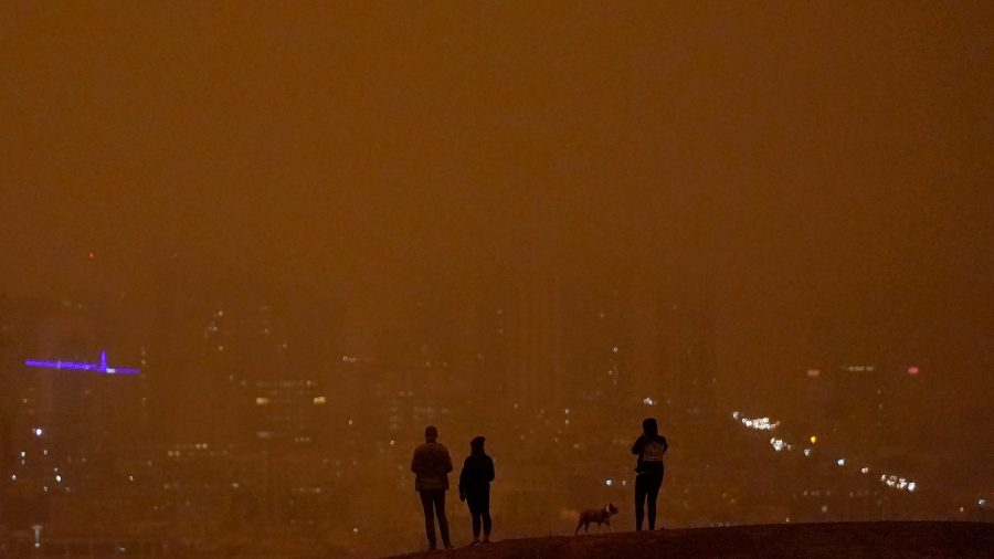 Smoke From Western Wildfires Has Blown Thousands of Miles to New York