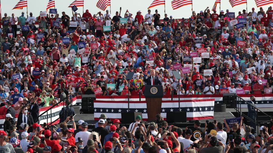 Trump Seeks to Boost Support in Florida, Biden Targets Michigan